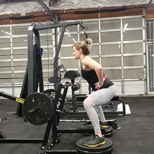 Client squat